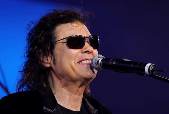 ronnie milsap,taken to hospital,before concert